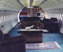 Airplane_LivingRoom.jpg